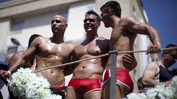 去以色列特拉维夫 看同性恋游行