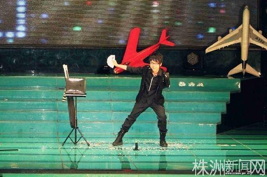刘果楠的魔术表演