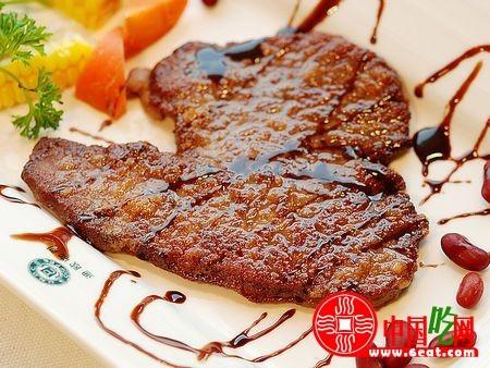西餐牛排的种类及食用技巧