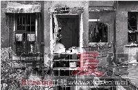 1月2日,清水塘,厨房被炸得裸露在外边。图/记者韩敬宇