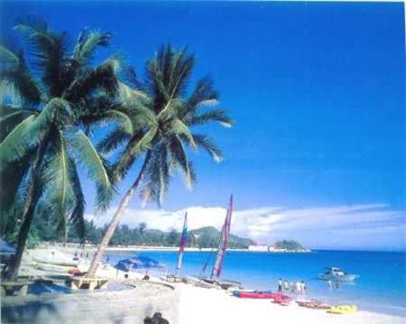 海南三亚大东海沙滩