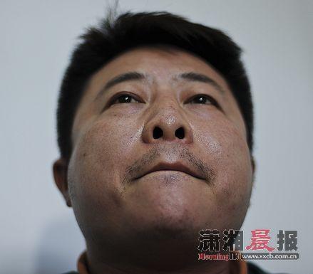 昨日,陈英俊接受媒体采访。图/记者张轶