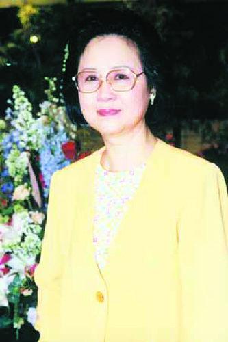 著名言情小说作家琼瑶