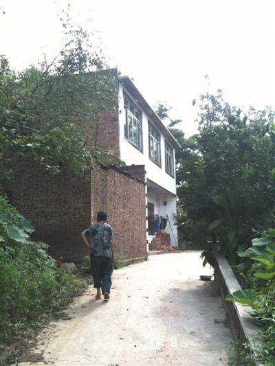 宜宾市李端镇新田村,张贵英老家。去年底去宜宾之前,她曾在家里待了几个月。 新京报记者 刘刚 摄