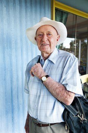 85岁背包旅行