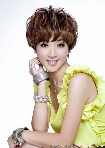 广西卫视一姐——王燕妮