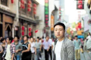 今年的黄金周,刘祥虽然没有外出旅行,但在太平街感受到了浓厚的节日氛围。