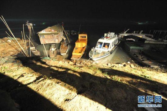 10月5日下午4时左右,湖南沅江市发生一起两船相撞事故。新华社记者 龙弘涛 摄