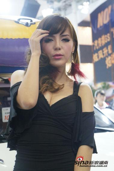 2012长沙车展性感美女车模