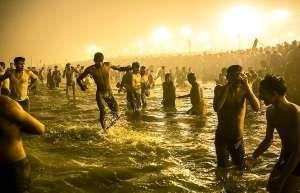 昆梅拉节的举办引发不少人对卫生的担忧。