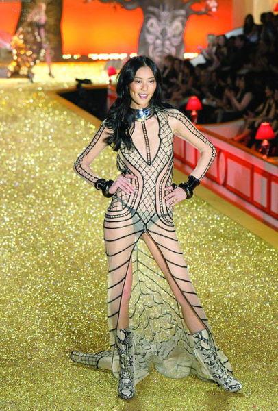 2013全球最美99位女性 湘妹子刘雯成唯一亚洲面孔