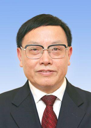 武吉海同志简历