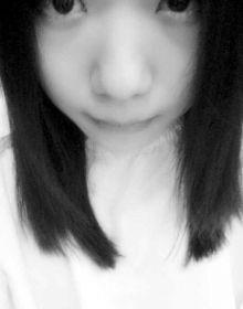 杨丽君3月21日在自己微信上晒出的照片。