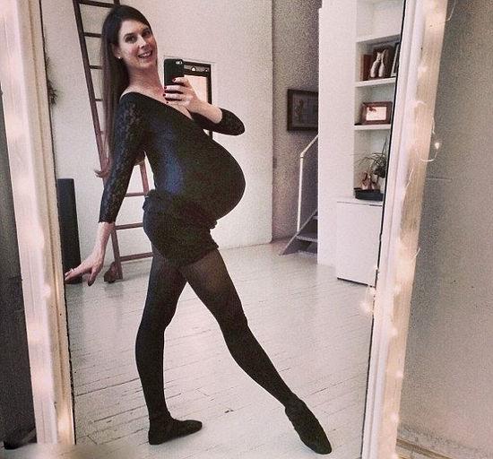 美国美女芭蕾舞蹈家怀孕39周仍翩然起舞图
