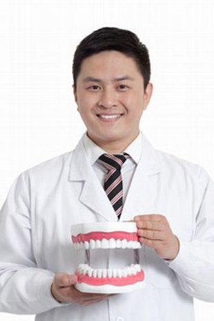 牙齿正畸需注意什么