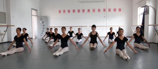 星干线:舞蹈艺考如何应对即兴表演