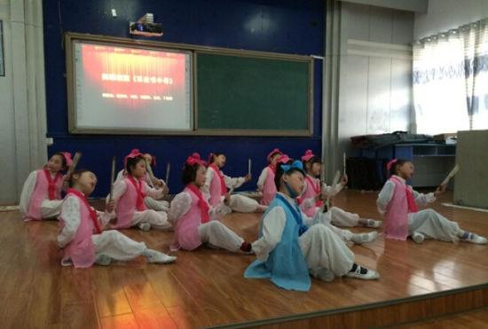衡阳环城南路年级推广小学出奇招改编韵律操复习5国学小学英语图片
