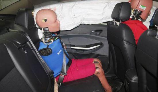 安全保障 全新福特福睿斯碰撞试验回顾