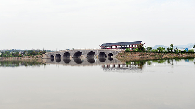 转发(0) |评论(0) 嘉兴南湖风景名胜区 郭兆晖 08-09 06:03:34  自然